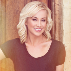 Kellie Pickler - Courtesy: Black River Entertainment